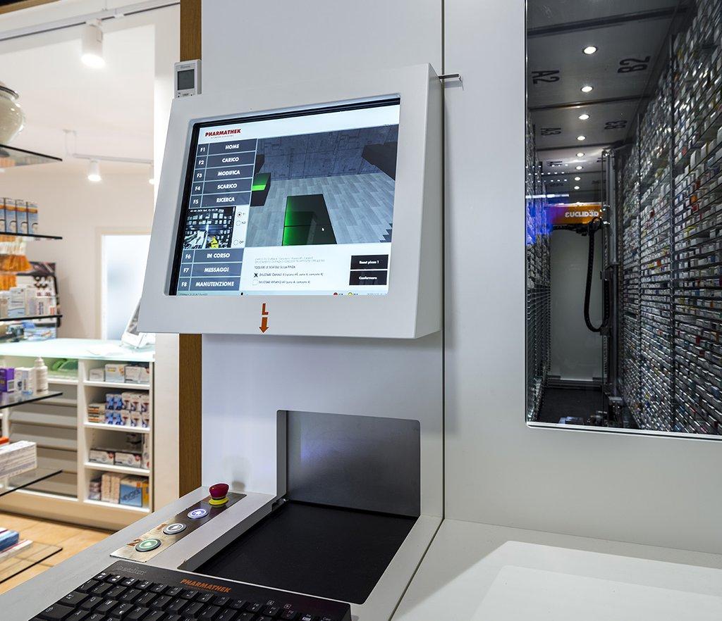 Robot Farmacia Eredi Francia dott.ssa Carella - robot Euclid3D