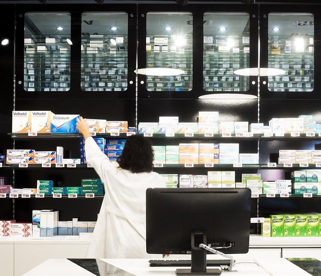 Robot farmacia dott. De Marco - Bari