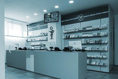 Robot farmacie Comunale di Pistoia n.2 - vista dal bancone